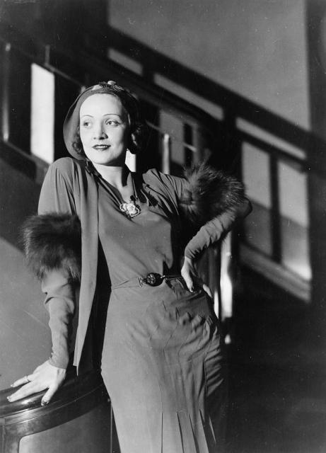 Marlene Dietrich als Modeikone der 30er Jahre